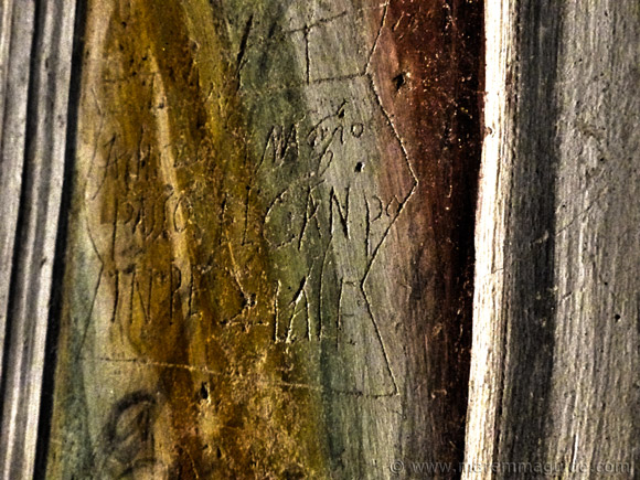 16th century graffiti that tells of the passing through Seggiano of the Spanish army on 20 May 1555.