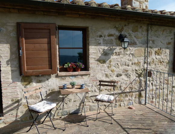Maremma real estate: Tuscany apartment terrace with a view.