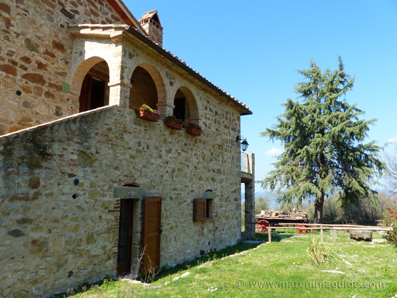 Tuscany apartments for sale in Italy