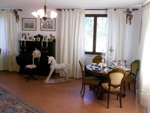 Borgognano Tuscany farmhouse holiday