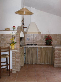 Borgognano apartment farmhouse in Tuscany: near Massa Marittima in Maremma Italy