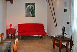 Self catering Tuscany agriturismo studio apartment in Maremma