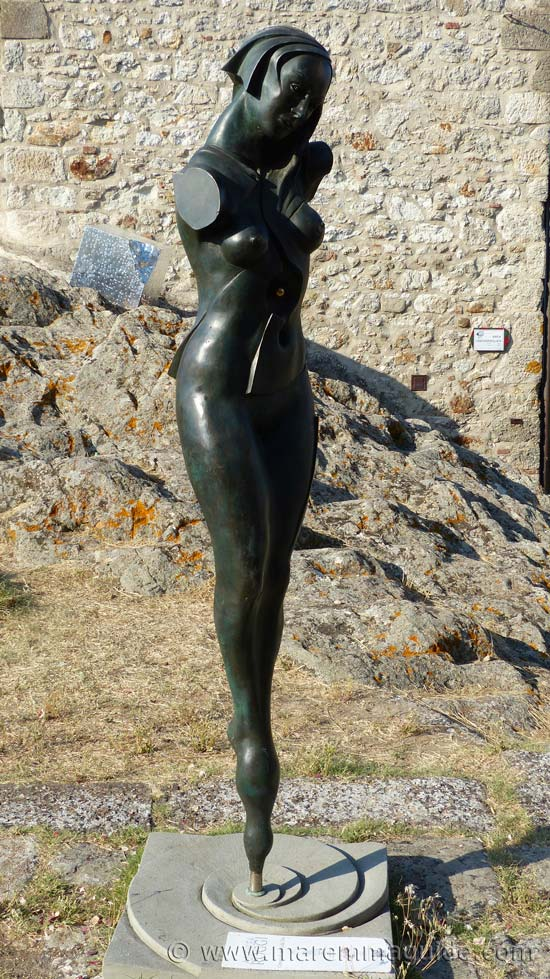 Female bronze figure. Mostra La Rocca 2016.