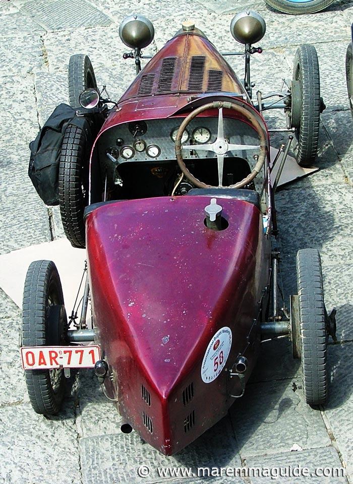 Vintage Bugatti car pics