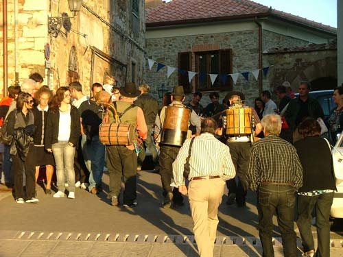 A Tuscany wine tasting event: the Festa d'Autunno - Autumm Festival - in Caldana, Maremma, Italy