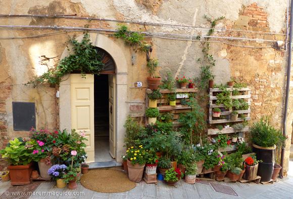 Campiglia Marittima Tuscany street garden