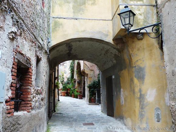 Via Giuseppe Garibaldi Capalbio.
