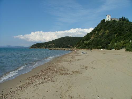 Italian Beaches: Capanna Civinini, Castiglione della Pescaia, Maremma