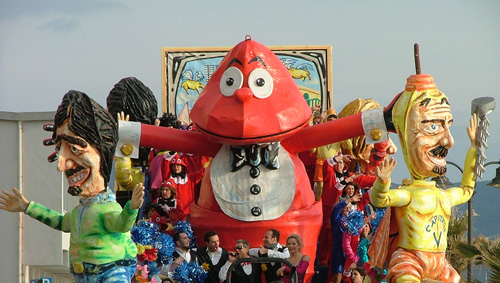 Carnevale di Follonica 2009: a float