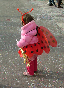 Carnevale di Follonica: photo of child in costume