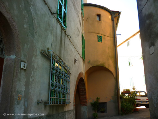 Castello di Prata: remaining part of one of its medieval towers