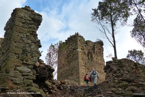 Castelluccio di Cornia - Tuscany medieval castle