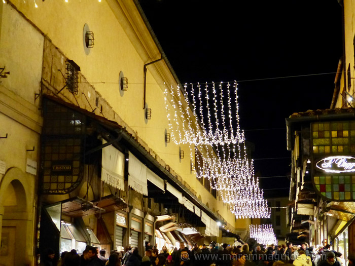 Christmas in Tuscany: the lights on the Ponte Vecchio bridge.