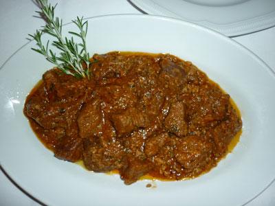 Cinghiale alla Cacciatora: wild boar stew