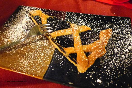 Crostata di Maremellata Mirtilli - Tuscan jam tart dessert