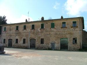 The old Fabbricato dell'Imposto in Montioni, Maremma