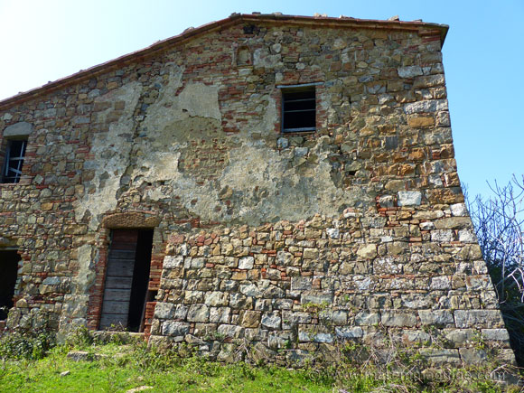 Old Tuscany property for sale in Maremma Italy