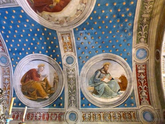 Girolamo di Domenico fresco in the Oratorio di San Rocco Seggiano: Evangelists Matthew and Mark.