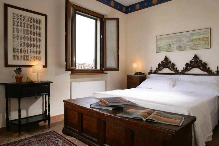 Hotel Semproniano bedroom
