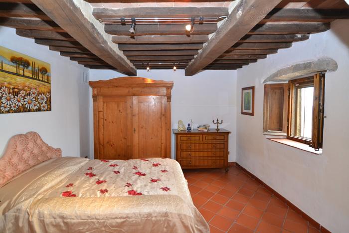 Podere Peroporcino annexe bedroom.