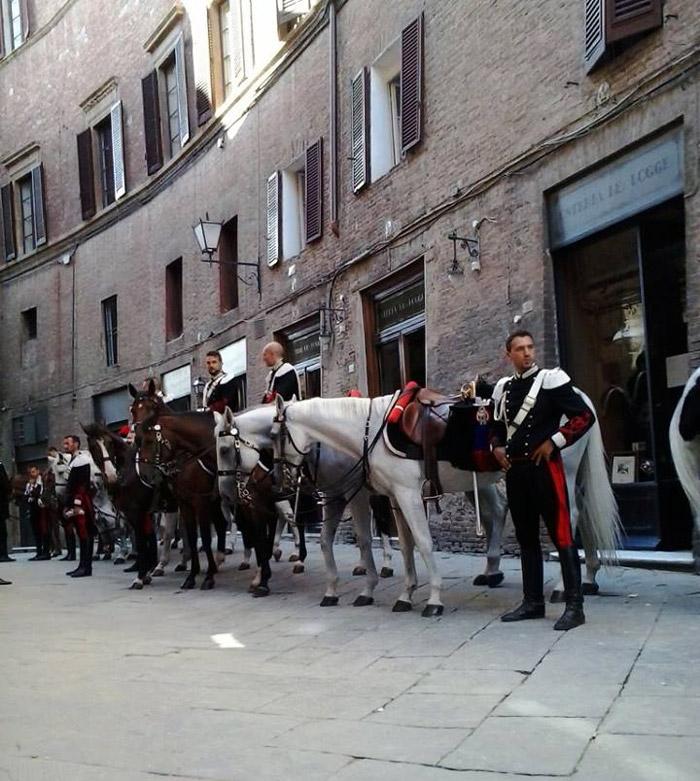 Carabinieri Il Palio di Siena.