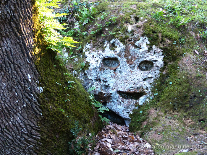 Insediamento rupestre di San Rocco, Sorano: the face in the rock.