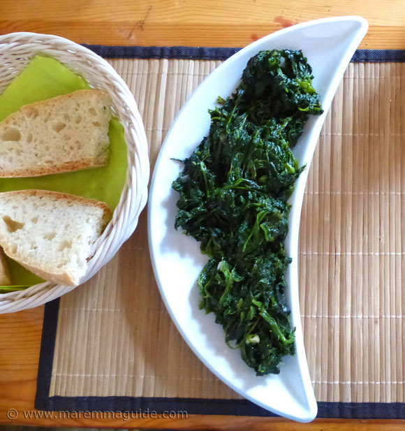 Italian spinach side dish in Tuscany