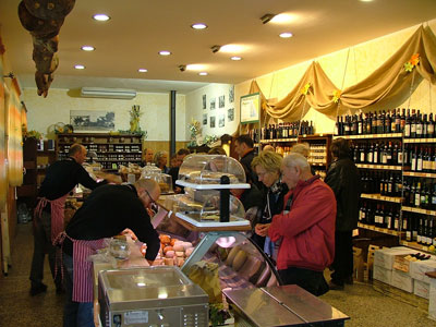 La Novella Salumeria Italiana: food Italian Shop