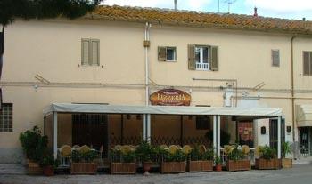 Restaurants in Valpiana: Pizzeria Ristorante La Piazzetta