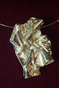 Goldsmith Jewellery by Lorenzo Mattafirri: a silver and gemstone pendant