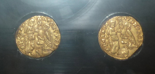 Lost gold treasures: gold coins treasure found in Maremma Tuscany Italy