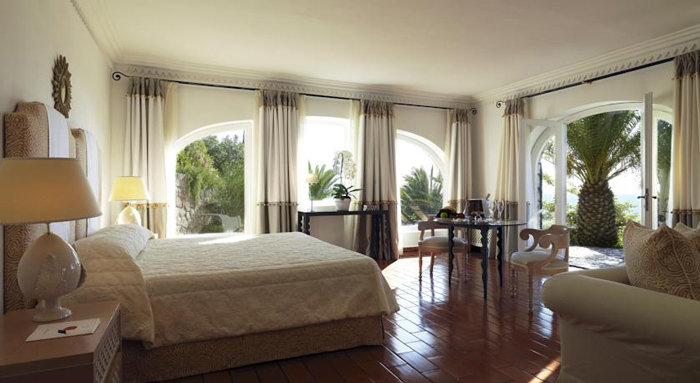 Double room at Il Pellicano hotel in Maremma