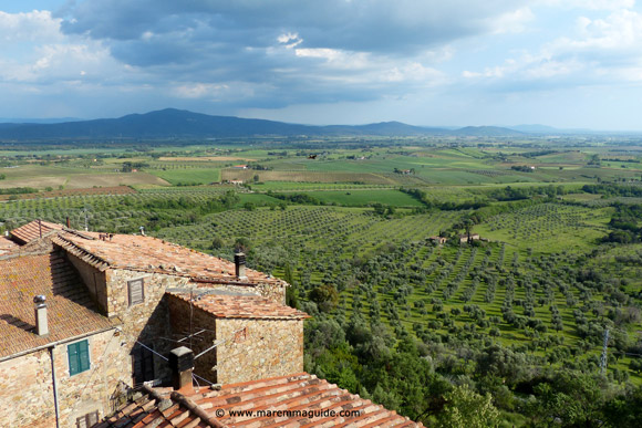 Maremma Tuscany apartments: view to the coast from bedroom