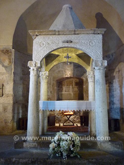 Middle ages art: rare stone pre-Romanesque ciborium https://www.maremmaguide.com/sovana.html