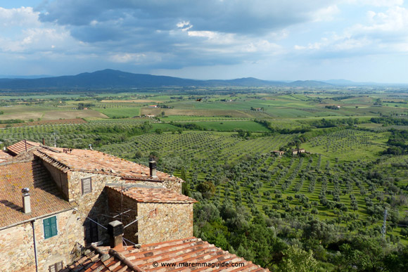 Montemassi Tuscany accommodation view