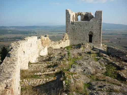 Montemassi castle: Castello di Montemassi, Tuscany castles Italy
