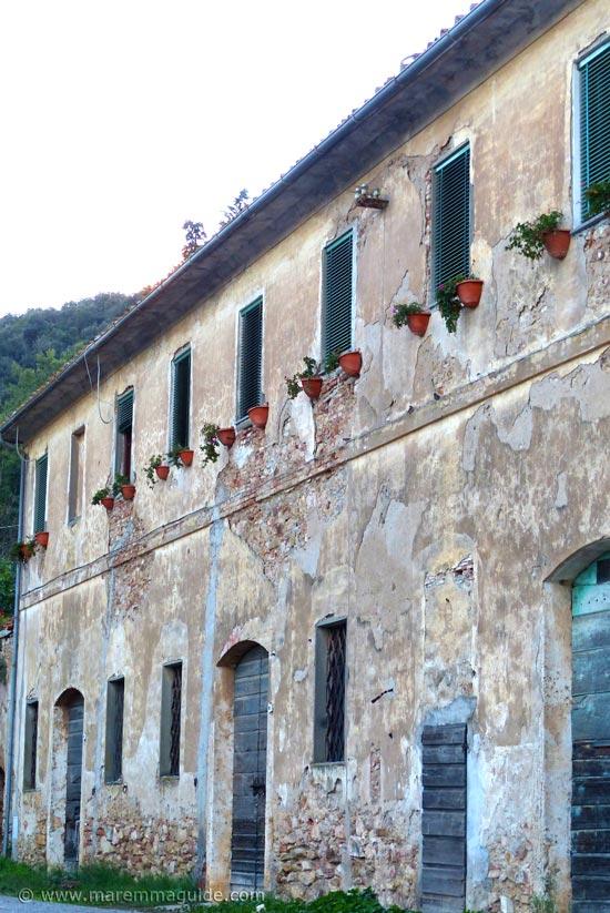 Fabbricato dell'Imposto Montioni Tuscany