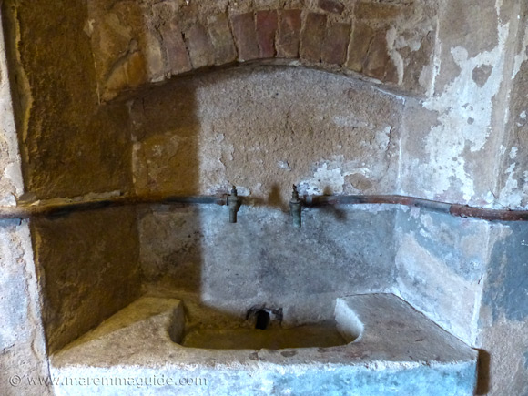 Old Tuscan stone sink.