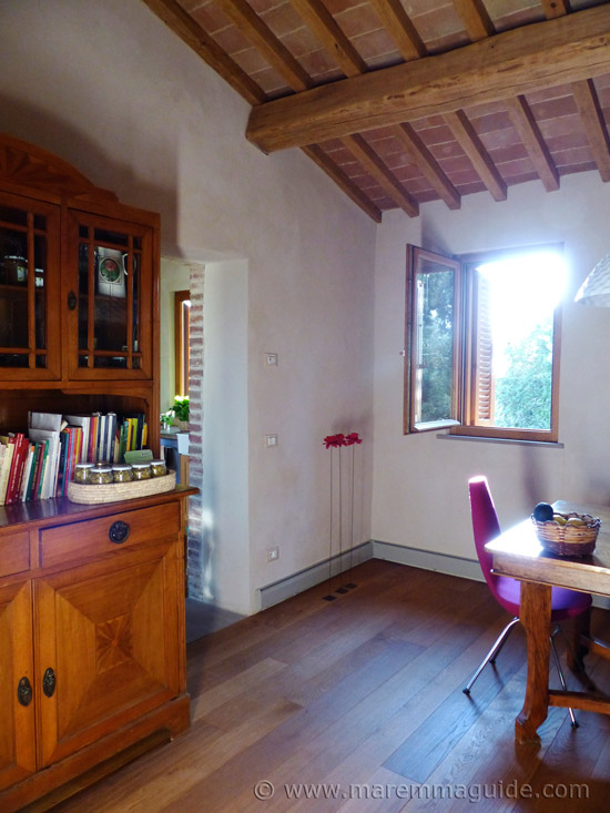 Farmhouse in Tuscany for sale