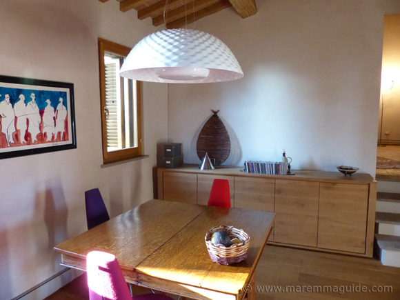 Tuscan farmhouse dining room decor