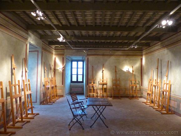 Palazzo Collacchioni in Capalbio: the sala Caccia