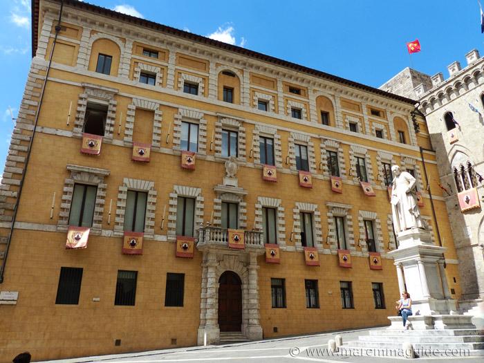 Palazzo Tantucci Siena.