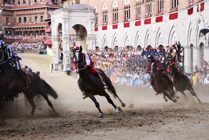 The Palio races of Siena: the Curva del Casato.