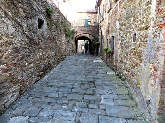 Pereta: 10th century Castello Aldobrandesco