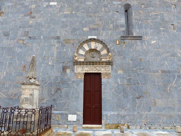 Pieve di San Giovanni nave side door, Campiglia Marittima Tuscany
