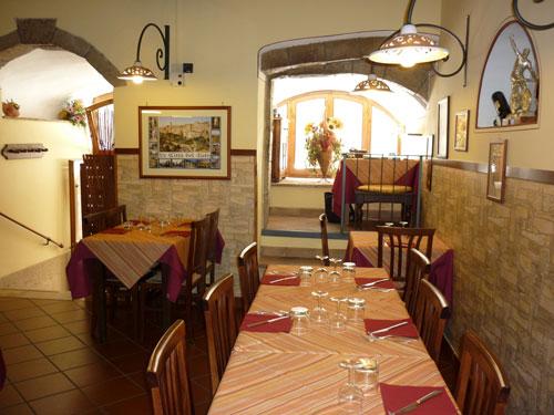 Pitigliano restaurant Trattoria La Chiave del Paradiso, Maremma Italy