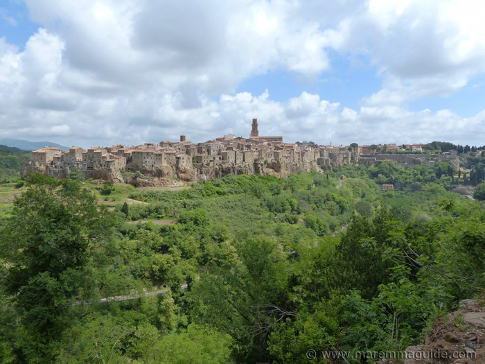 Tours of Pitigliano Tuscany.
