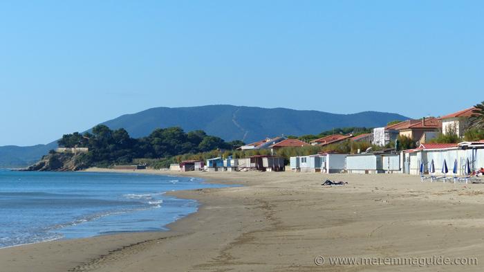 Castiglione della Pesacaia beach Ponente: Tuscany beaches in October