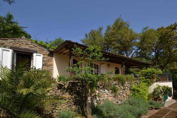 Porto Ercole house with private garden and sea view for sale.
