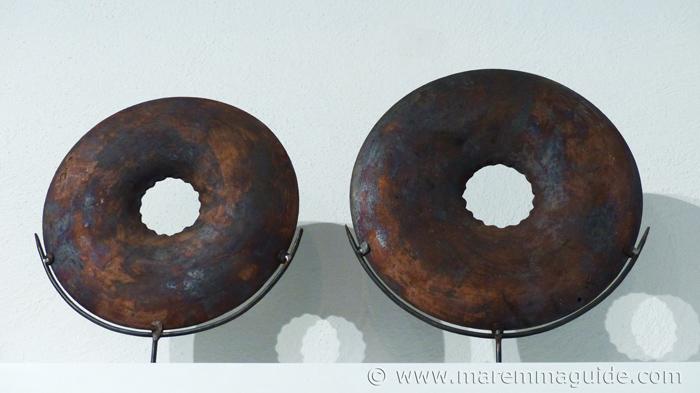 Mara Funghi ceramics in Tuscany.